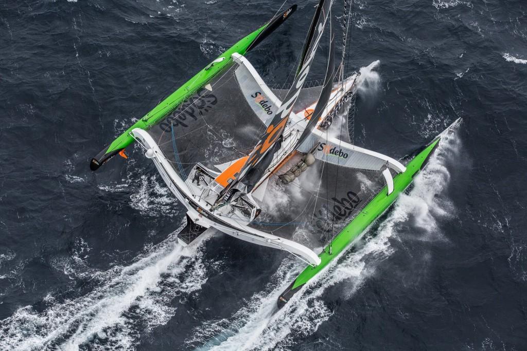 Rekordbåten Sodebo Ultim, en 31 meter lång och 21 meter bred maxitrimaran