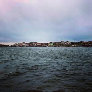 """""""Passerar Bohusläns glömda skärgårdssamhälle, Brunskär."""" Bild: Ulf Palm"""