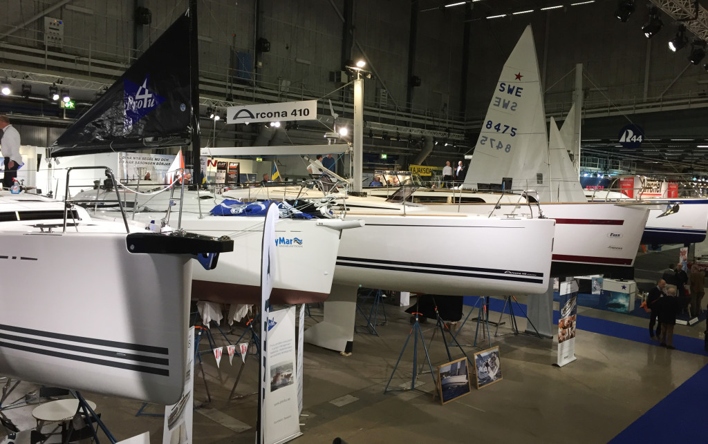 X-Yachts X4³, Pro4U:s Benetau, Arcona Yachts 410, Najads 395 AC och Hallberg-Rassy 44 på rad.