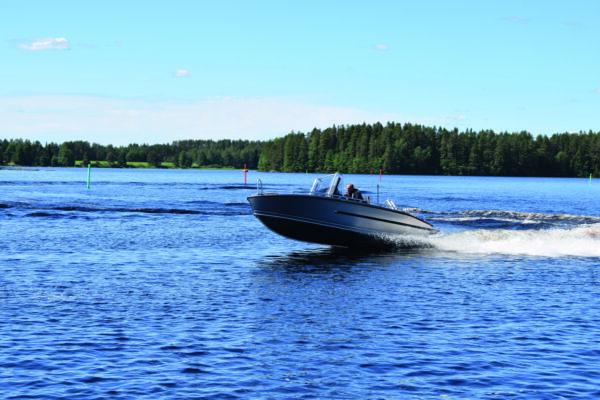 Nya Silver Chark CCX trivs i vattnet