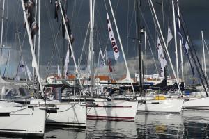 Fem segelbåtar hade världspremiär i Marstrand. Bild: Linda Hammarberg