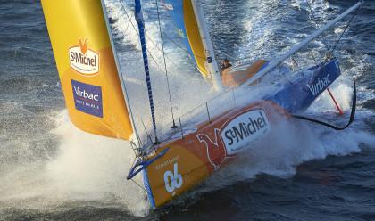 Babords bärplan på Jean-Pierre Dicks Imoca 60 hör till de första generationerna av bärplan på Imoca-båtarna.
