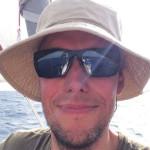"""""""En glad skeppare på den där bilden"""", kommenterade Janne Kjellman bilden på sig själv och hoppas att han också är en glad skeppare när Irma har passerat Saint-Martin."""