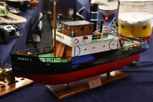 Modell av Forss 1 i torrdocka. Kolla in detaljerna!