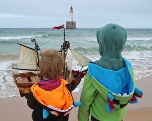 Bröderna vid sjösättningen. BILD: Familjen Ferguson