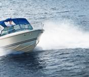 Bullriga motorbåtar hot mot havet